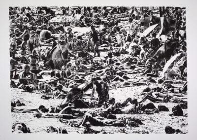 zeefdruk van Wim Konings van baders op een strand